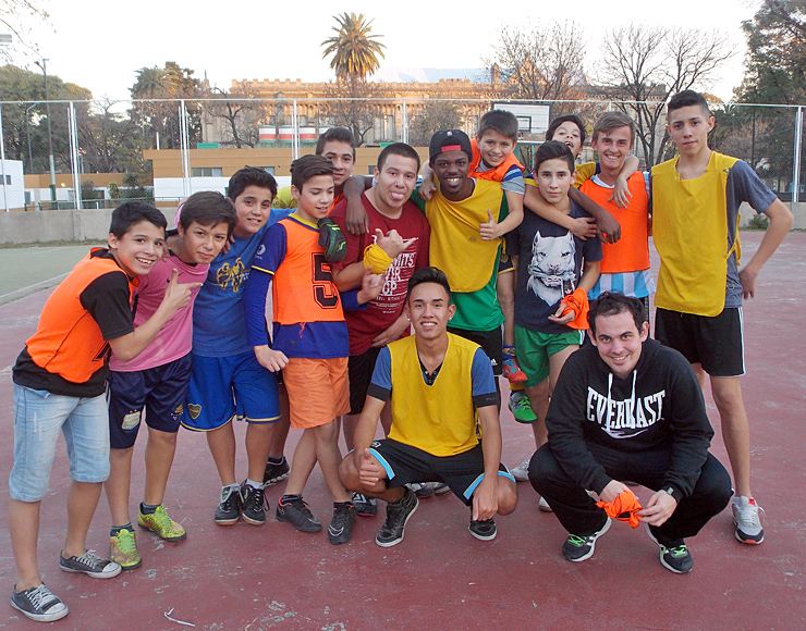 Coach Football to Kids in Argentina